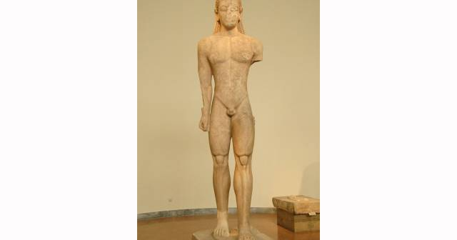 SOUNION-KOUROS SAAL 07