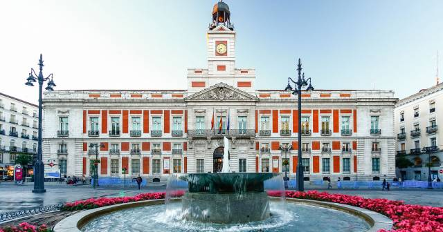 Audio Guide Puerta Del Sol And Calle Arenal En Mywowo