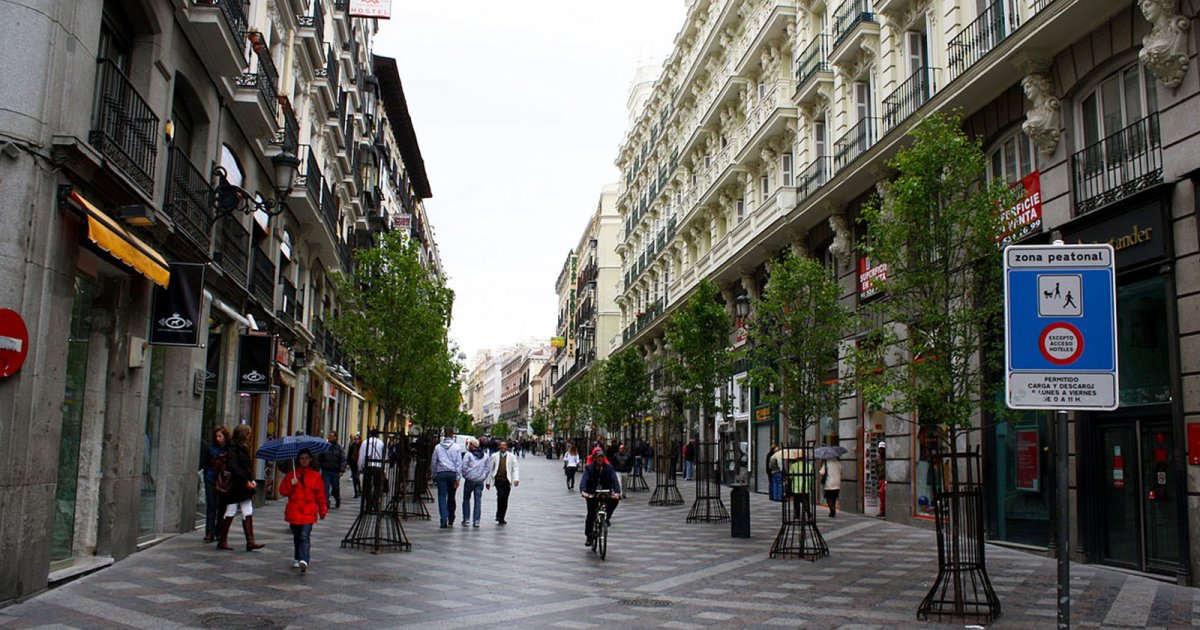 Audioguide puerta del sol und calle arenal calle arenal for Calle sol madrid