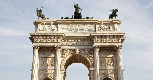 SEMPIONE PARK - ARCH OF PEACE