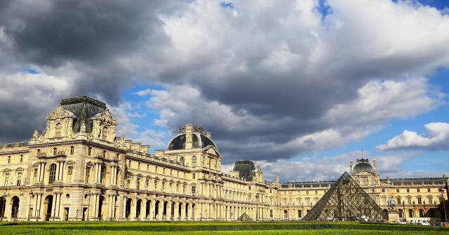 Audioguida museo del louvre mywowo travel app for Parigi il louvre