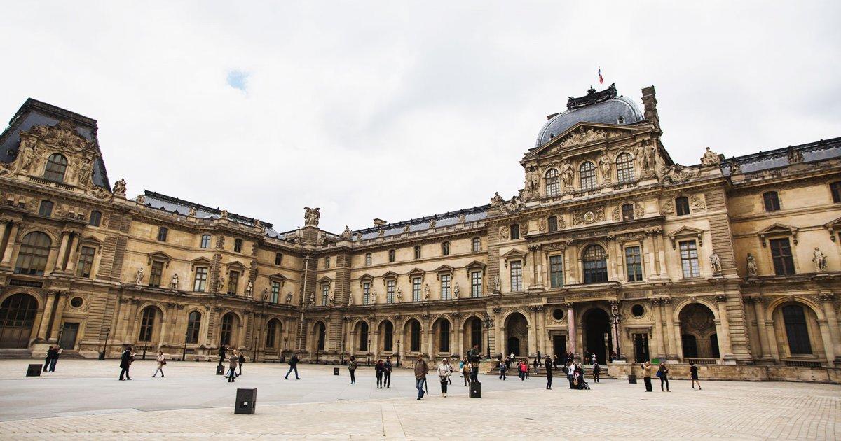 Image result for Palacio de louvre