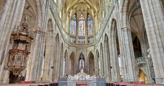 CATHEDRAL (INTERIOR)