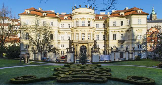 SAINT GEORGE AND LOBKOWICZ PALACE