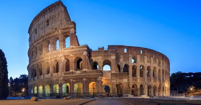 Audioguida colosseo mywowo travel app for Chi fa le leggi in italia
