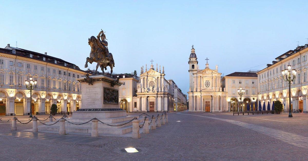 piazza-san-carlo