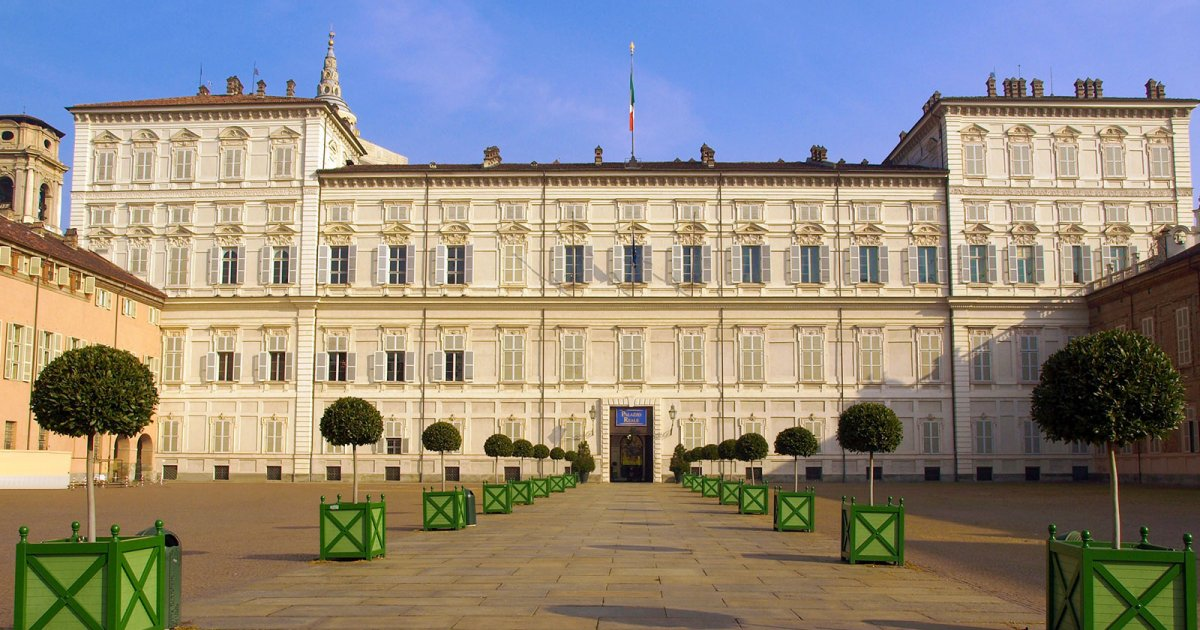 POLO REALE, Royal Palace Exterior