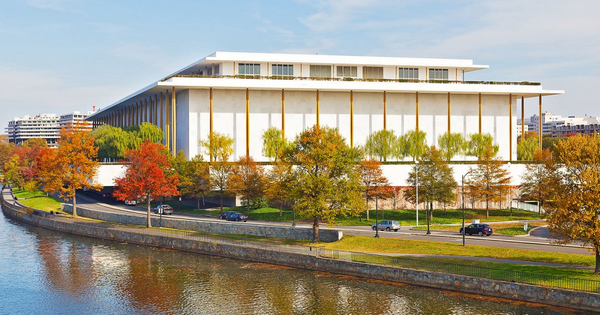 KENNEDY CENTER, Presentazione